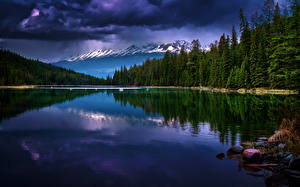 Картинка Канада Парки Озеро Горы Леса Пейзаж Облака Джаспер парк Alberta