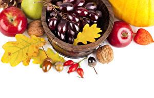 Фотография Фрукты Яблоки Виноград Орехи Осень Лист Пища