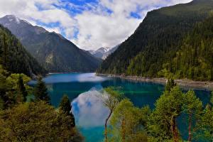 Обои Китай Горы Озеро Пейзаж Цзючжайгоу парк Long Lake Sichuan Minshan Природа фото