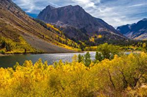 Картинки Озеро Горы Осень Пейзаж Природа