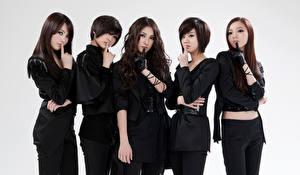 Фото Азиаты Шатенка Kara Kpop Korean Singers Asian Знаменитости Девушки