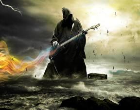 Фотографии Море Смерть С гитарой Капюшоном
