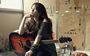 Фотография Азиаты Гитара Шатенка Kara k-pop Музыка Знаменитости Девушки