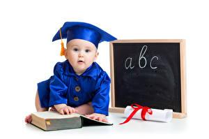 Фотография Младенцы Книги Шляпе Дети