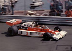 Фотография Формула 1 Макларен James Hunt Marlboro Team M23 Monaco Grand Prix Monte Carlo 1977 Автомобили