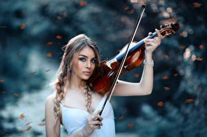 Картинки Скрипки Осень Autumns Symphony Alessandro Di Cicco Девушки
