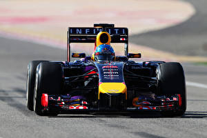 Картинки Формула 1 Спереди Red Bull Vettel Спорт Автомобили