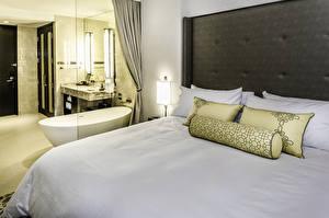 Обои Интерьер Кровать Подушки Спальня