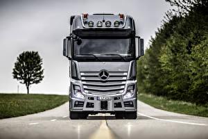 Картинки Mercedes-Benz Грузовики Дороги Спереди Actros автомобиль