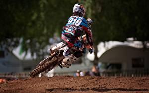 Фотографии Мотокросс Мотоциклист Шлем Спорт Мотоциклы