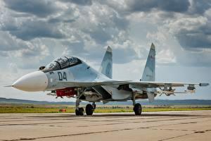 Обои Истребители Самолеты Су-30 Облака Авиация фото