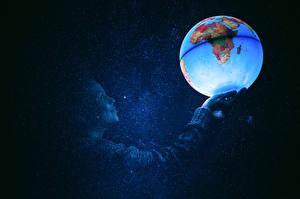 Картинки География Звезды Шарики Глобус Космос Девушки