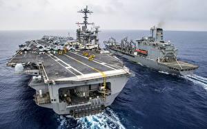 Картинки Корабли Море Авианосец aircraft carrier USS George Washington (CVN 73)