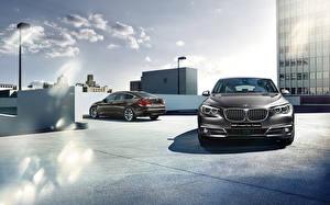 Обои для рабочего стола BMW Спереди 2015 series 5 F07 Gran Turismo GT автомобиль Города
