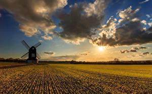 Обои Поля Рассветы и закаты Мельница Облака Солнце Природа
