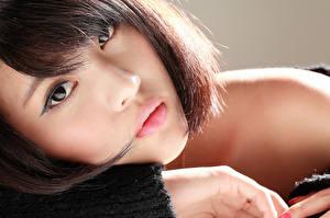 Фотографии Азиаты Взгляд Мейкап Шатенка Лицо Девушки
