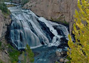 Картинка Парки Водопады США Йеллоустон Скале Wyoming Природа