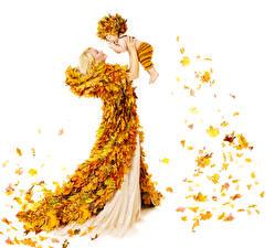 Обои Креативные Осенние Платье Листья Блондинка Младенцы Шапки Девушки Дети