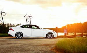 Фото Lexus Белый Сбоку IS F-sport Автомобили