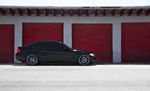 Картинки BMW Сбоку Черный Гараж E90 Авто