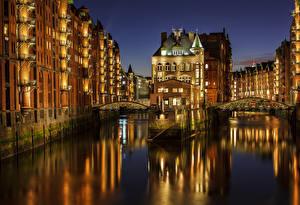 Картинки Германия Гамбург Мосты Ночь Водный канал