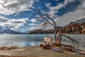 Картинка Озеро Небо Горы Пейзаж Скамья Деревьев Облако Природа