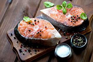 Картинки Морепродукты Рыба Приправы Листья Пища