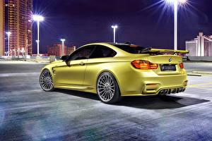 Фото BMW Ночные Вид сзади Золотые 2014 Hamann M4 F82 машина