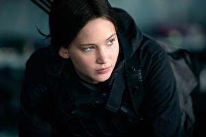 Картинки Голодные игры Дженнифер Лоуренс Mockingjay Part 2 Katniss Everdeen Кино Знаменитости Девушки