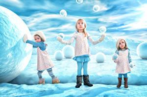 Фотография Зима Снеге Девочка Три Snowballgirls Дети