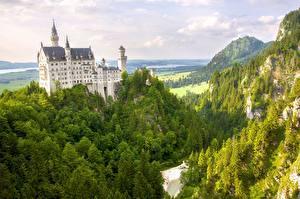 Картинка Германия Гора Замки Нойшванштайн Бавария Города Природа
