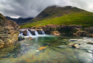 Фото Шотландия Водопады Горы Камень Природа