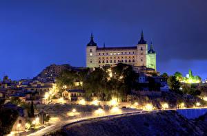 Фотографии Испания Дома Дворец В ночи Уличные фонари royal palace Alcazar  Seville Города