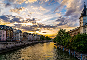 Обои Франция Здания Река Рассветы и закаты Небо HDRI Париже Облачно Водный канал Города