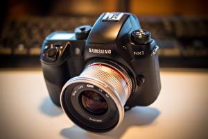 Обои Крупным планом Фотоаппарат Samyang 12mm F2 on the NX1 фото