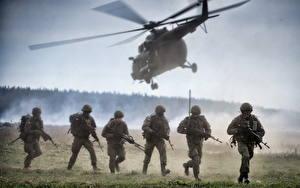 Картинка Солдаты Вертолеты Десант Армия