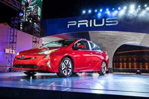 Обои для рабочего стола Toyota Красный Металлик 2016 Toyota Prius авто