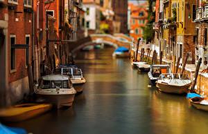 Фотографии Италия Лодки Венеция Водный канал Города