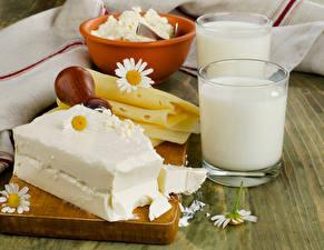 Фотографии Молоко Сыры Стакан Продукты питания