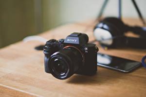 Обои Крупным планом Фотоаппарат Смартфон Sony a7II Природа фото