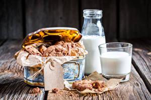Картинка Печенье Молоко Коробке Стакан Бутылки Продукты питания