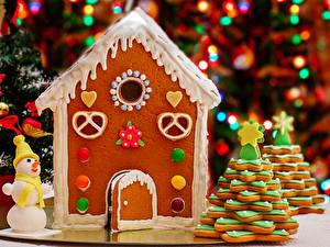 Фотография Праздники Рождество Выпечка Печенье Дома Пряничный домик Дизайн Снеговик Еда