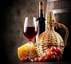 Фото Напитки Вино Виноград Сыры Бутылка Бокалы Пища