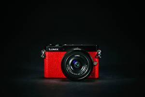 Обои Крупным планом Фотоаппарат Красный Panasonic Lumix GM5 фото