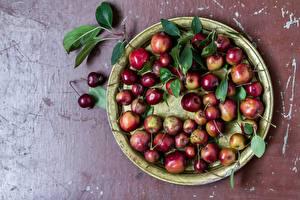 Обои Яблоки Фрукты Листва Продукты питания