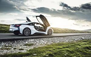 Картинки BMW Дороги Белый bmw ciprian mihai Автомобили