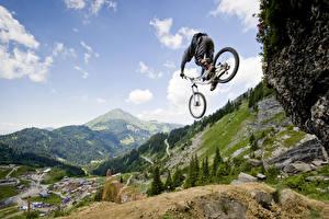 Фото Гора Небо Пейзаж Велосипед Прыгает спортивная Природа