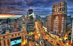 Обои Испания Дома Дороги Мадрид Улице Ночные Уличные фонари HDR Города