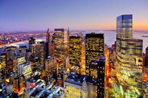 Фото Штаты Небоскребы Здания Нью-Йорк Мегаполиса Ночные город