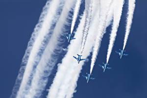 Обои Самолеты Kawasaki T-4 Blue Impulse Авиация фото